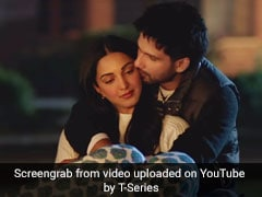 <I>Kabir Singh</i>: Shahid Kapoor Shuts Down Reporter Pestering Kiara Advani About Kissing Scene