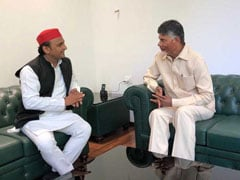 Election 2019: After Rahul Gandhi, Chandrababu Naidu Meets Akhilesh Yadav, Mayawati