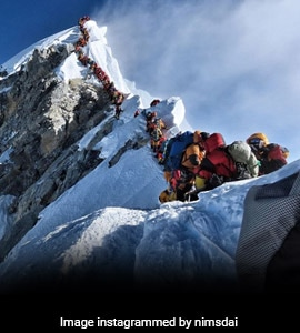 2 Indians Among 3 Dead As 'Traffic Jam' On Everest Puts Climbers At Risk