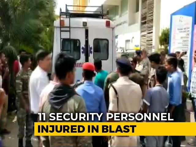 Video : 11 Security Personnel Injured In Blast By Maoists In Jharkhand