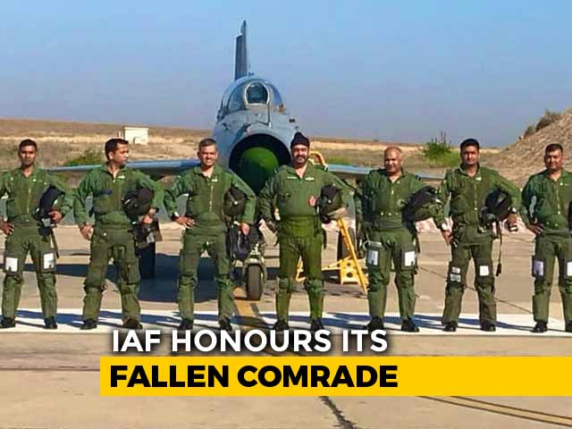 Video: IAF Chief Leads 'Missing Man' Formation In Honour Of Kargil Braveheart