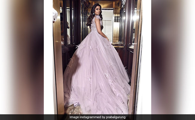Isha Ambani In Violet Gown Gave Us Major Princess Vibes At Met Gala