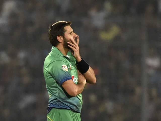Shahid Afridi reacts to Junaid Khan's tape protest