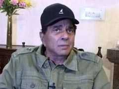 "Dharmendra Tweets Congratulations To Son, ""<i>Dharti Puttra</i>"" Sunny Deol"