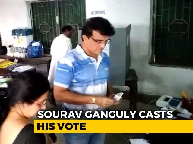 Video : Sourav Ganguly Casts His Vote In Kolkata