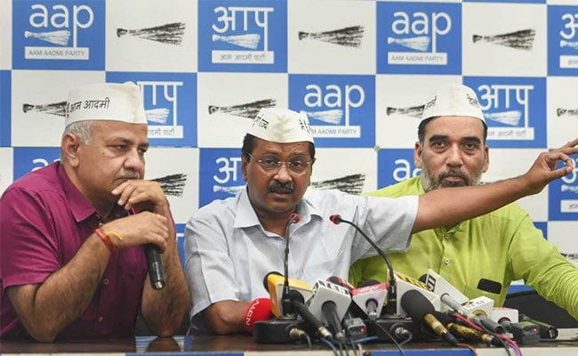AAP Lawmakers To Hold Public Meets For Free Ride For Women Plan Feedback
