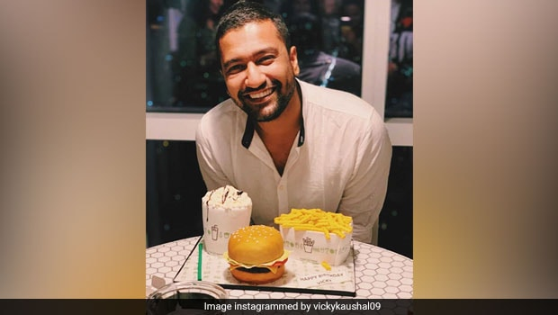 Vicky Kaushal's 31st Birthday Cake Looks Like A Food Lover's Dream! (See Pics)