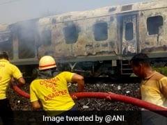 दिल्ली-भुवनेश्वर राजधानी एक्सप्रेस में लगी आग, सभी यात्री सुरक्षित