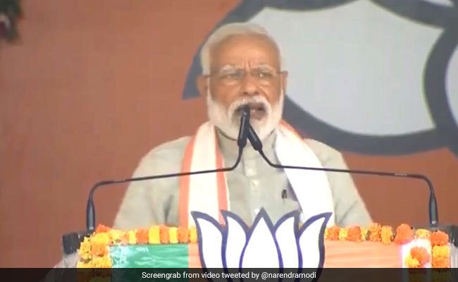Election 2019: 'Hua Toh Hua' Are Not Just Three Words, They Reflect Arrogance Of Congress: PM Modi in MP's Ratlam
