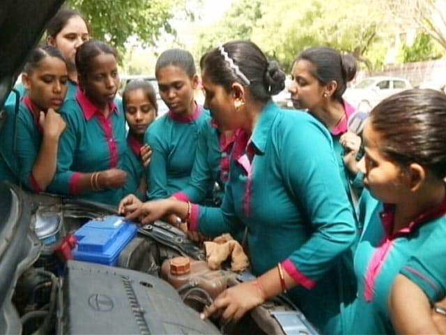 Video : Sakha Cabs: By The Women, For The Women