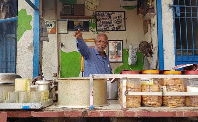 चाय वाला जिसे सामाजिक कार्य के लिए मिला पद्मश्री, फानी साइक्लोन के बाद कर रहा संघर्ष