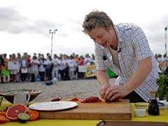 Celebrity Chef Jamie Oliver Shutters Most UK Restaurants, 1,000 Jobs Go
