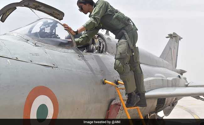 Bhawana Kanth Is India's First Woman Pilot to Qualify for Combat Missions