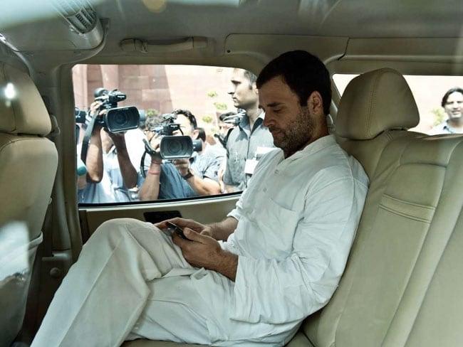 CWC Meet LIVE Updates: कांग्रेस की कार्यसमिति बैठक में पहुंचे राहुल गांधी और प्रियंका गांधी, मीटिंग शुरू