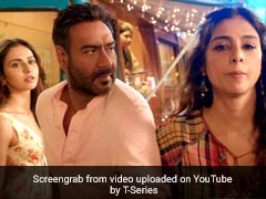 <i>De De Pyaar De</i> Song <i>Mukhda Vekh Ke</i>: Ajay Devgn Is Caught Between Rakul Preet Singh And Tabu