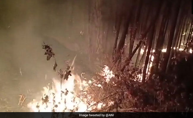 Forest Fires Spread In Uttarakhand Jungles As Temperature Rises On Hills