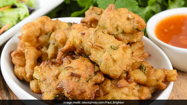 High Protein Veg Recipe: These Moong Dal And Paneer Balls Will Make You Lick Your Fingers Clean