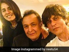 न्यूयॉर्क में बीमार ऋषि कपूर से मिलने पहुंचे Shahrukh Khan, तस्वीरें हुईं वायरल