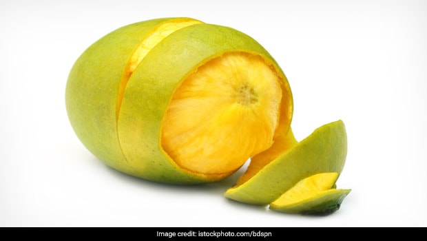 Wait, What? Mango Peels Are Healthy And Can Be Eaten?