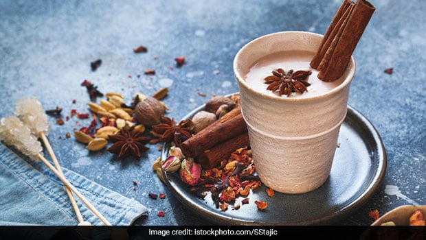 Cinnamon Milk: 5 Health Benefits Of The Spiced Milk And How To Make It