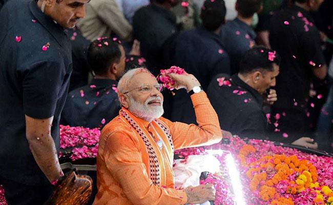 Election Results 2019: पीएम मोदी ने पूर्ण बहुमत के साथ दोबारा वापसी कर नेहरू और इंदिरा के बाद ये रिकॉर्ड किया अपने नाम