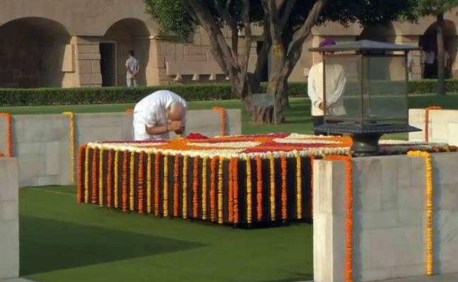 PM Modi Pays Tribute At Memorials Of Mahatma Gandhi, Atal Bihari Vajpayee Ahead Of Swearing-In: LIVE Updates