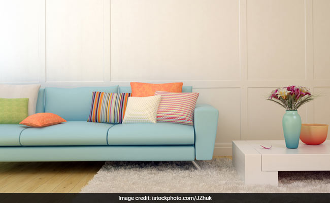 8 Sets Of Throw Pillow Covers To Change The Look Of Your Couch