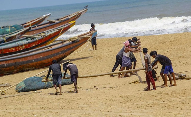Cyclone Fani Live Updates: Cyclone Fani To Make Landfall In Odisha's Puri Today