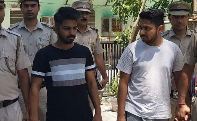 विदेश भेजने के नाम पर ठगी करने वाले गैंग का भंडाफोड़, 4 लोग गिरफ्तार