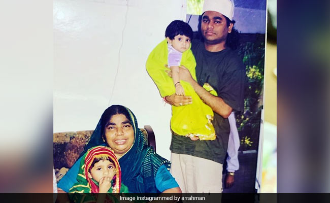 18 Years Younger AR Rahman And His 'Two Little' Daughters Are Giving Us Major Throwback Vibes