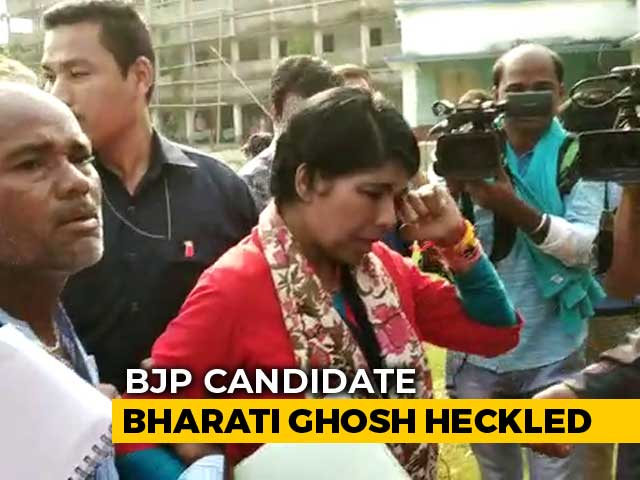 Video : Chased, Bengal BJP Candidate Took Refuge In Temple, Then Police Station