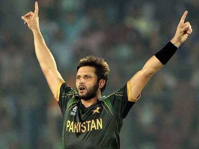 Shahid Afridi Make Another Confusion About His Age On His Book