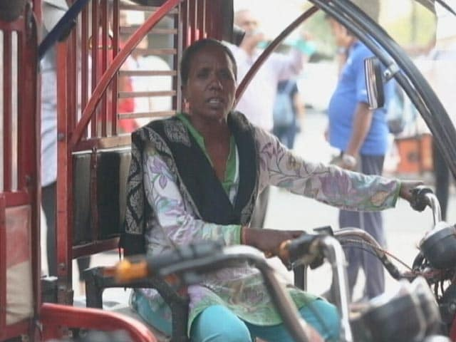 Video: Meet The Women Electric Rickshaw Drivers Of Delhi