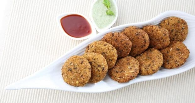 Have you Ever Tried palak poha vada?  try This amazing crispy snack  Recipe at home
