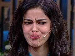 कपिल शर्मा ने अनन्या पांडेय से पूछा उनका टैलेंट तो जीभ से नाक को लगीं छूने- देखें Viral Video