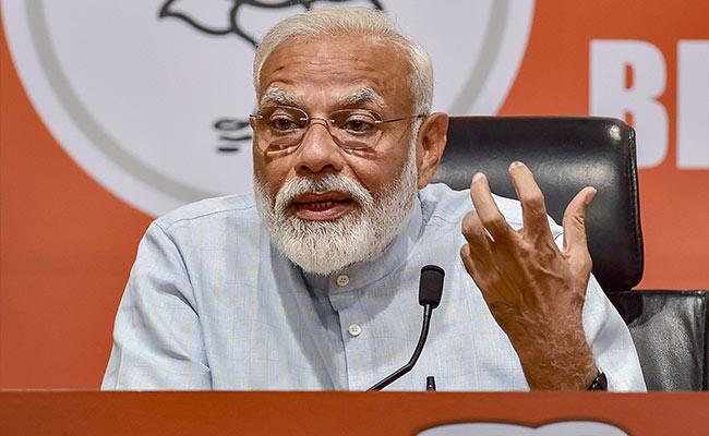 प्रधानमंत्री क्यों देते पत्रकारों के सवालों के जवाब