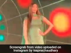 सपना चौधरी ने 'गोली चल जावेगी' सॉन्ग पर किया धमाकेदार डांस, बार-बार देखा जा रहा Viral Video