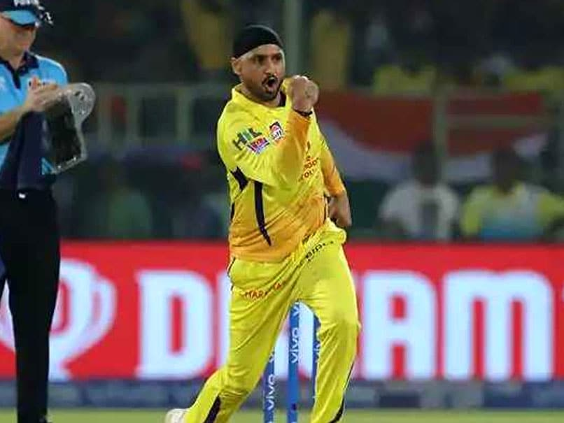 Harbhajan gets this achievement along with giving Challenge to Lasith Malinga & Amit Mishra