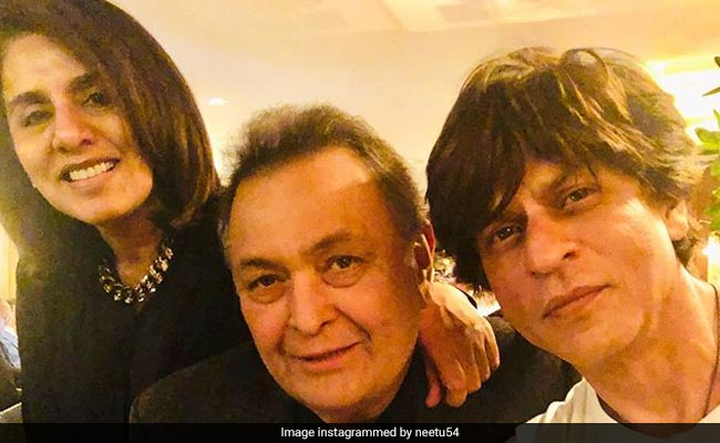 Shah Rukh Khan And Rishi Kapoor In A Priceless Pic From New York. Thank You, Neetu