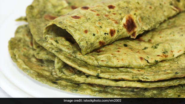 Savour Some Gujarati Flavour With Methi Theplas. Recipe Inside