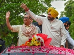 """Elections 2019 - """"PM Modi Will Go Down In 2019 With Rafale Taint"""": Navjot Singh Sidhu"""