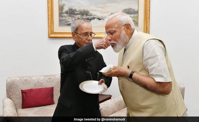 प्रधानमंत्री नरेंद्र मोदी ने शेयर की मुलाकात की तस्वीरें, प्रणब मुखर्जी ने दिया ये जवाब