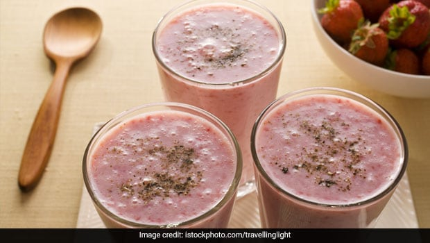 Summer Diet: Mango Lassi Is Passé; Add These Fruits To Your Lassi This Summer!