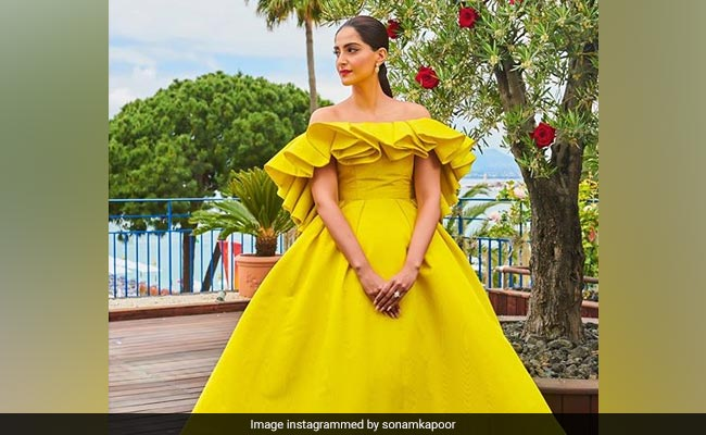 Cannes 2019: Sonam Kapoor Was A Ray Of Sunshine In This Outfit