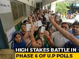 Video : In Samajwadi Party Stronghold, Akhilesh Yadav Goes Up Against Bhojpuri Star