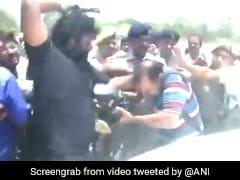 Video : तेज प्रताप के निजी सुरक्षा में लगे शख्स ने पटना में मीडियाकर्मी को पीटा