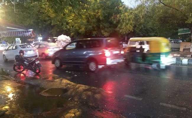 Light Rain, Winds Hit Delhi, Bring Respite From Intense Heat