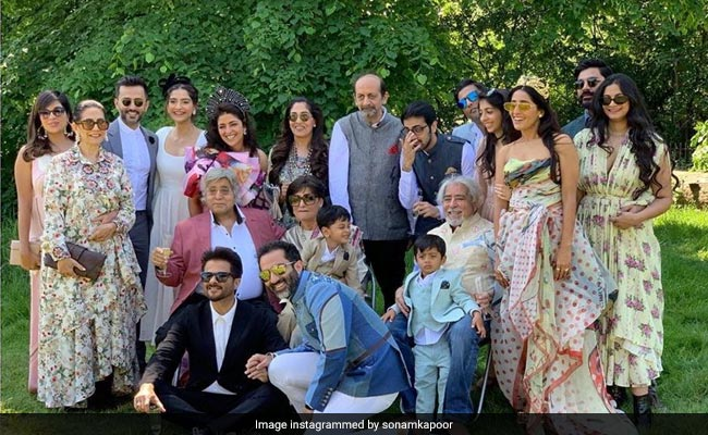 Pics From Sonam Kapoor's Cousin's London Wedding Are Sugar, Spice And Everything Nice