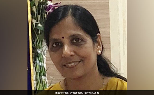 Arvind Kejriwal's Wife Tweets 'Gratitude' For Son's CBSE Class 12 Result