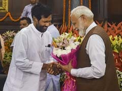 Ram Vilas Paswan - New Cabinet Minister Who Has Worked Under 6 PMs